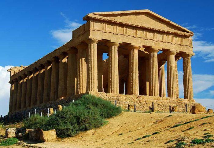 SICILIA: SABELLA, BERLUSCONI SI ASSUMA ONERE DI CANDIDATO UNITARIO CENTRODESTRA =