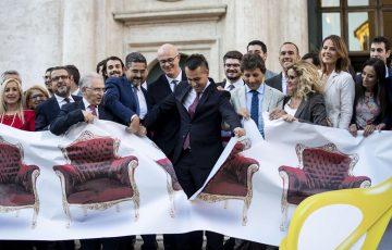 RIFORME: ITALIA MODERATA, 'TAGLIO PARLAMENTARI ILLUSIONE DEL PRESTIGIATORE DI MAIO' =