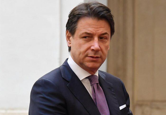 "CORONAVIRUS: ITALIA MODERATA, 'NO DIPENDERE DA ESPERTI, CONTE SI ASSUMA RESPONSABILITA"" ="